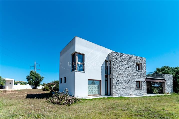 Villa in vendita di 440 mq a €780.000 (rif. 74/2018) 820642