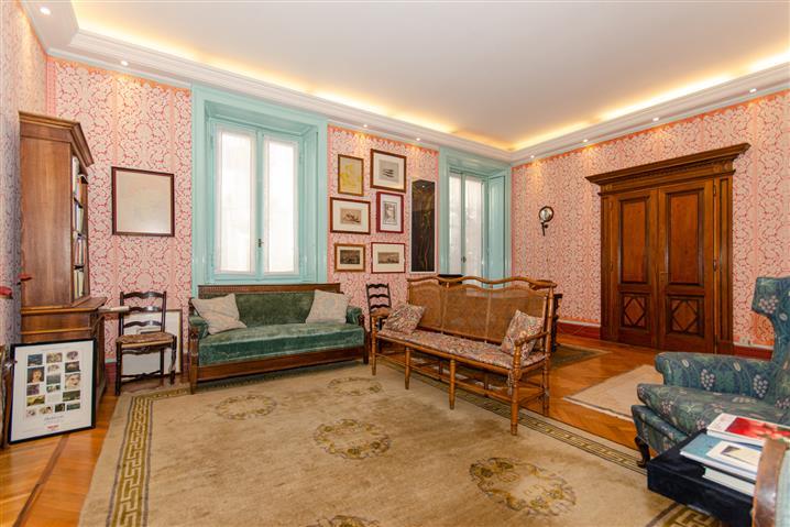 Casa in vendita di 200 mq a €1.890.000 (rif. 19/2020) 989226