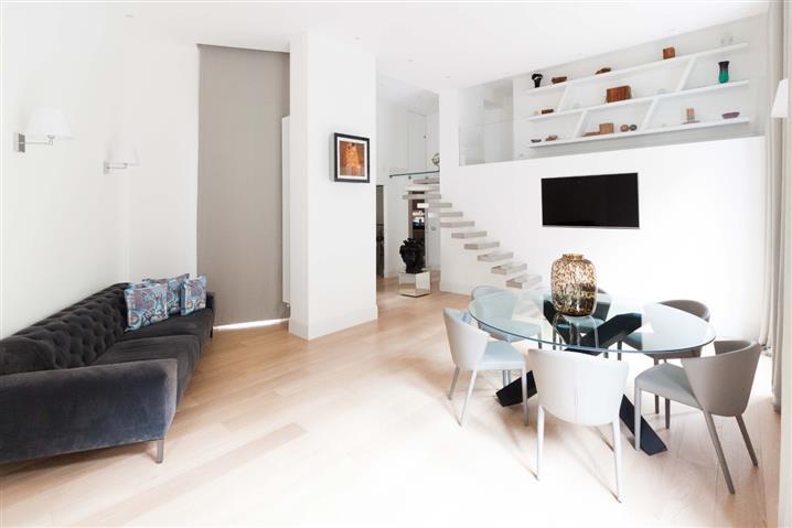 Casa in vendita di 240 mq a €570.000 (rif. 111/2018)831515
