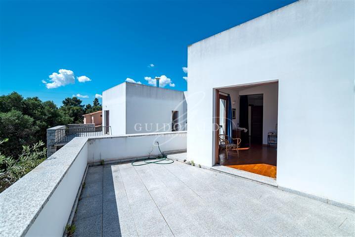 Villa in vendita di 440 mq a €780.000 (rif. 74/2018)