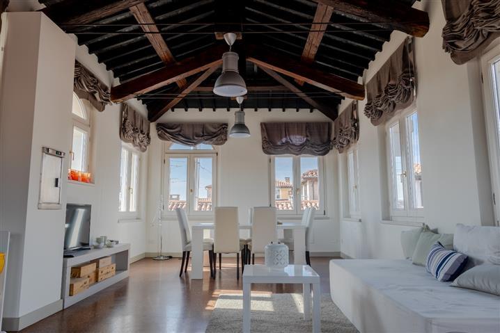 Casa in vendita di 399 mq trattativa riservata (rif. 36/2019) 913856