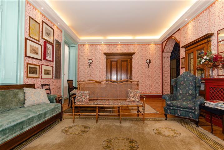 Casa in vendita di 140 mq a €950.000 (rif. 31/2020)1005259