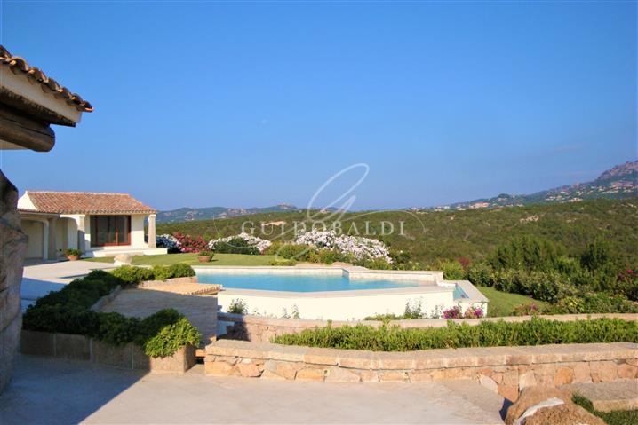 Villa in vendita di 400 mq trattativa riservata (rif. 38/2020)1082971