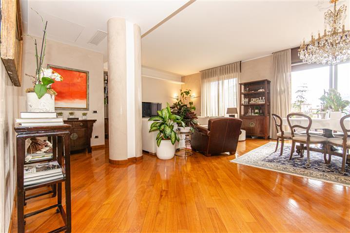 Casa in vendita di 210 mq a €1.450.000 (rif. 58/2020)1051757