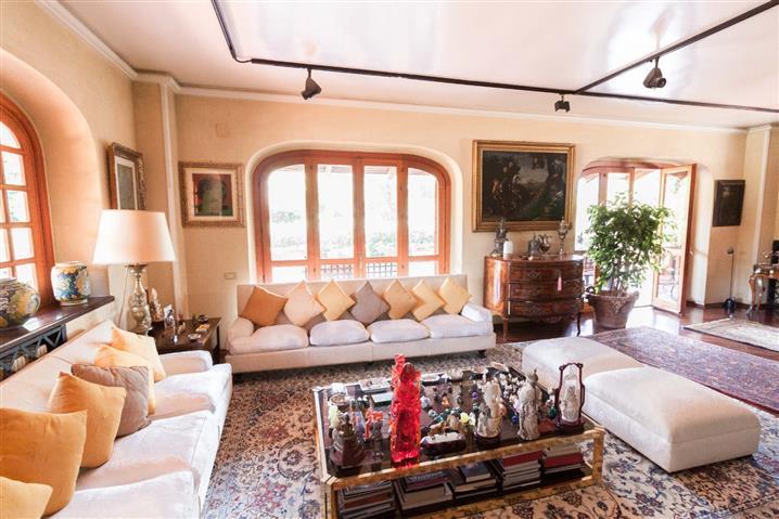 Villa in vendita di 580 mq a €1.480.000 (rif. 68/2019)