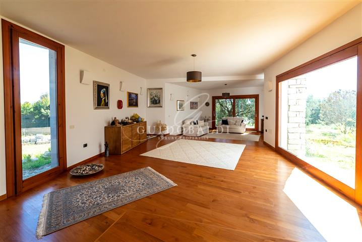 Villa in vendita di 440 mq a €680.000 (rif. 74/2018) 820600