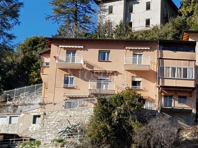 Ville sul lago di como gruppo toscano immobiliare for Toscano immobiliare como