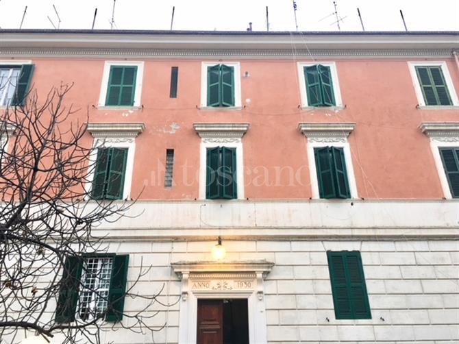 Casa con giardino quadraro roma appartamenti ai piani intermedi in vendita in zona quadraro - Casa con giardino roma ...