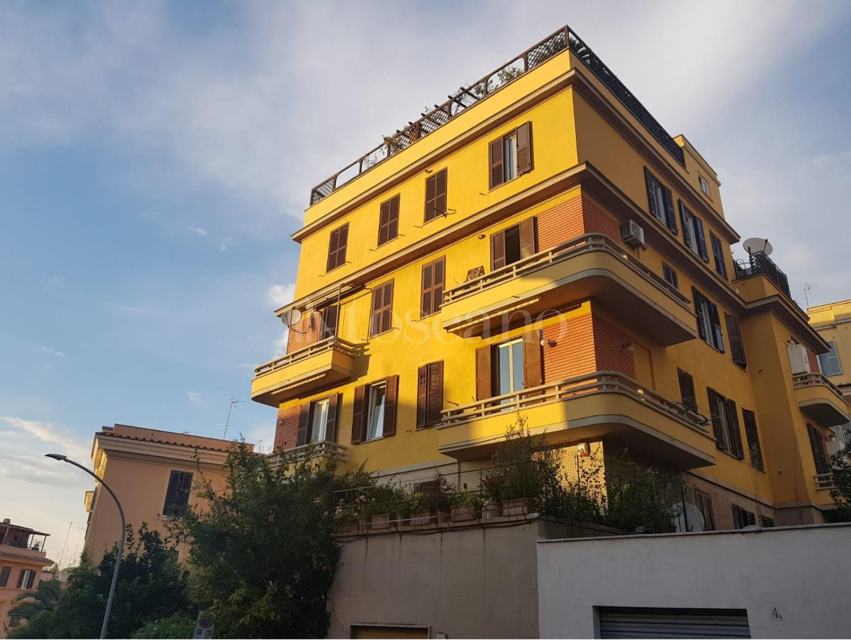 Vendita casa a roma in via costantino beltrami aventino for Case in vendita roma trastevere