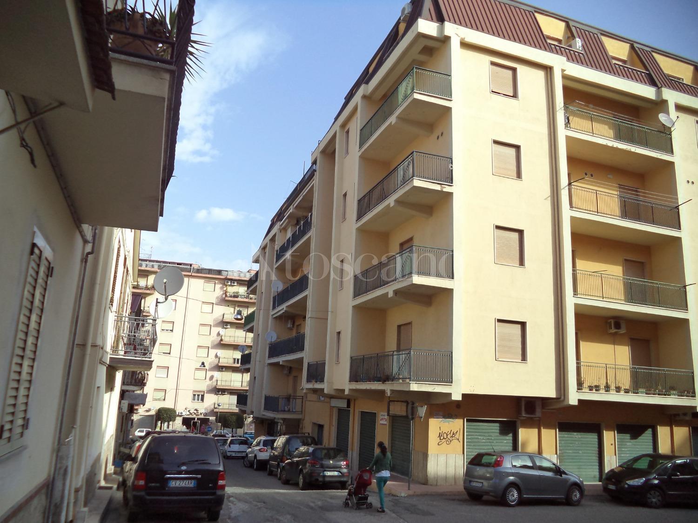Casa in affitto di 80 mq a €450 (rif. 23/2019) immagine 1 di 8