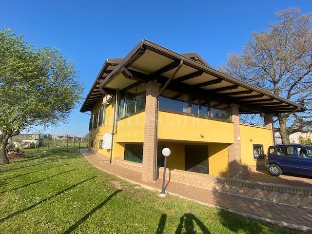 Villa in vendita di 170 mq a €350.000 (rif. 24/2021)