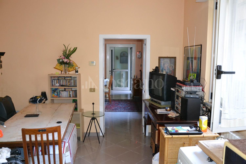 Vendita casa a como in via diaz citt murata 9 2018 toscano for Toscano immobiliare como