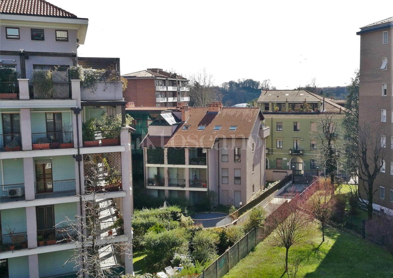 Vendita casa a milano in via don giovanni calabria udine for Casa moderna udine 2017 orari