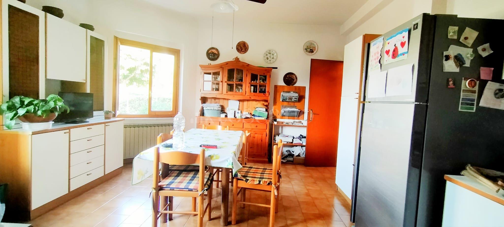 Villa in vendita di 350 mq a €799.000 (rif. 58/2020) immagine 11 di 15