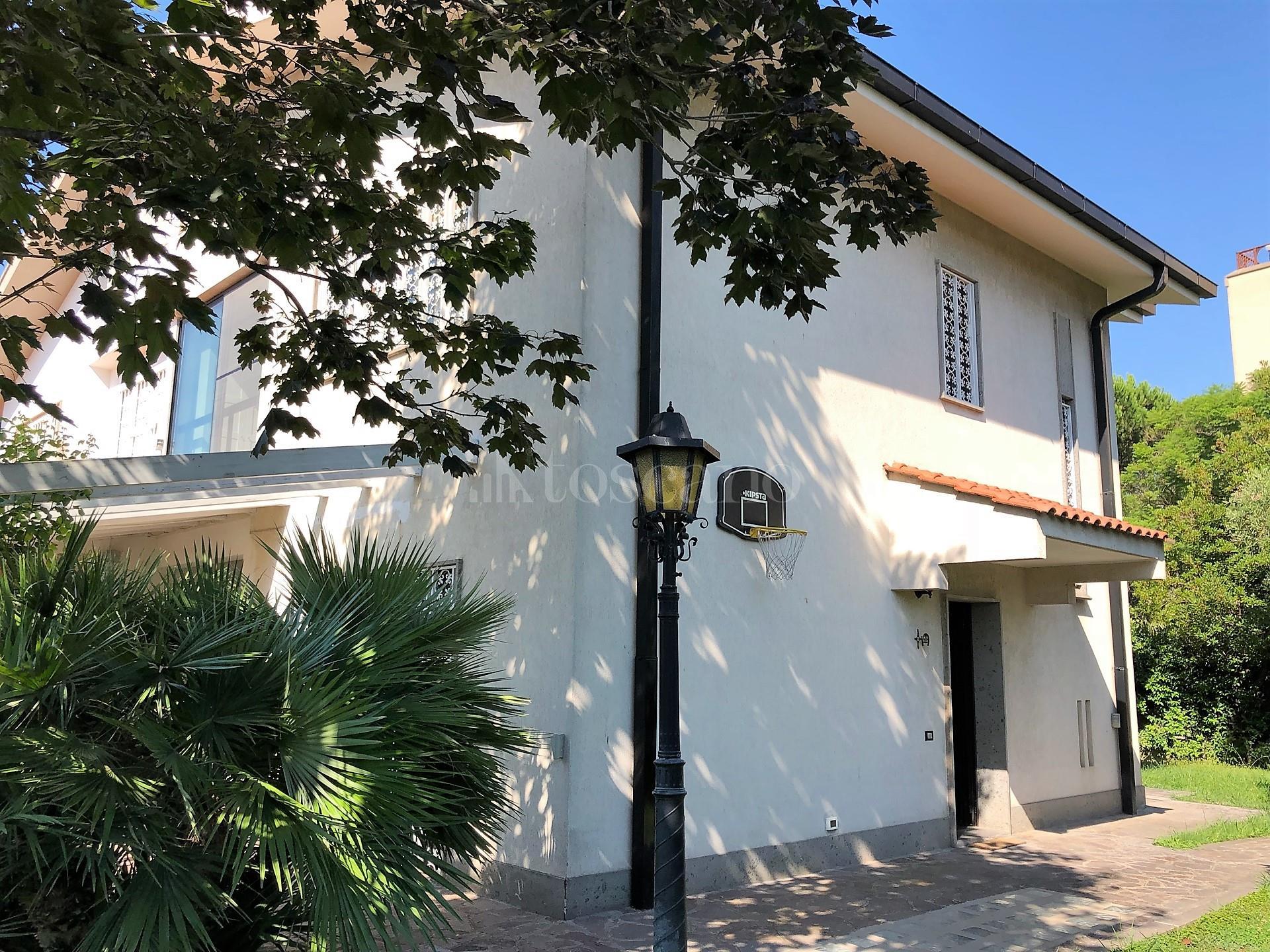 Villa in vendita di 300 mq a €745.000 (rif. 22/2020)