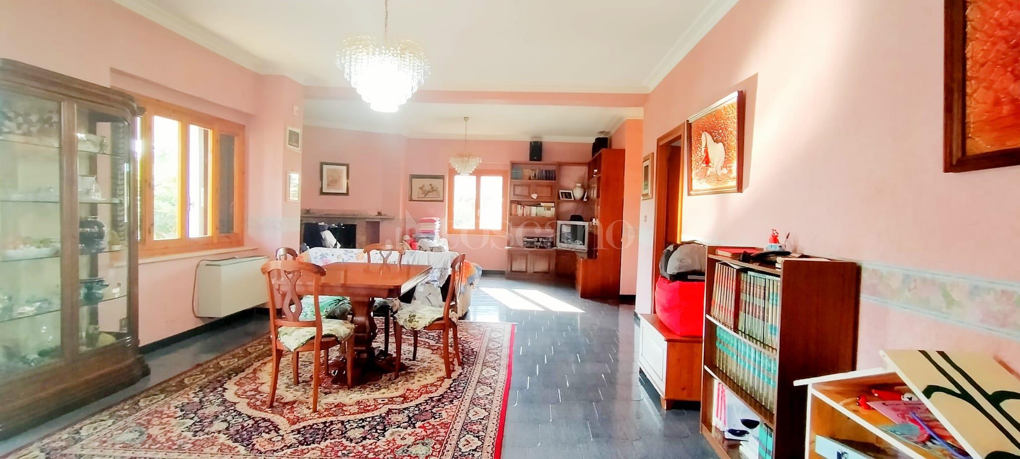 Villa in vendita di 350 mq a €799.000 (rif. 58/2020) immagine 10 di 15