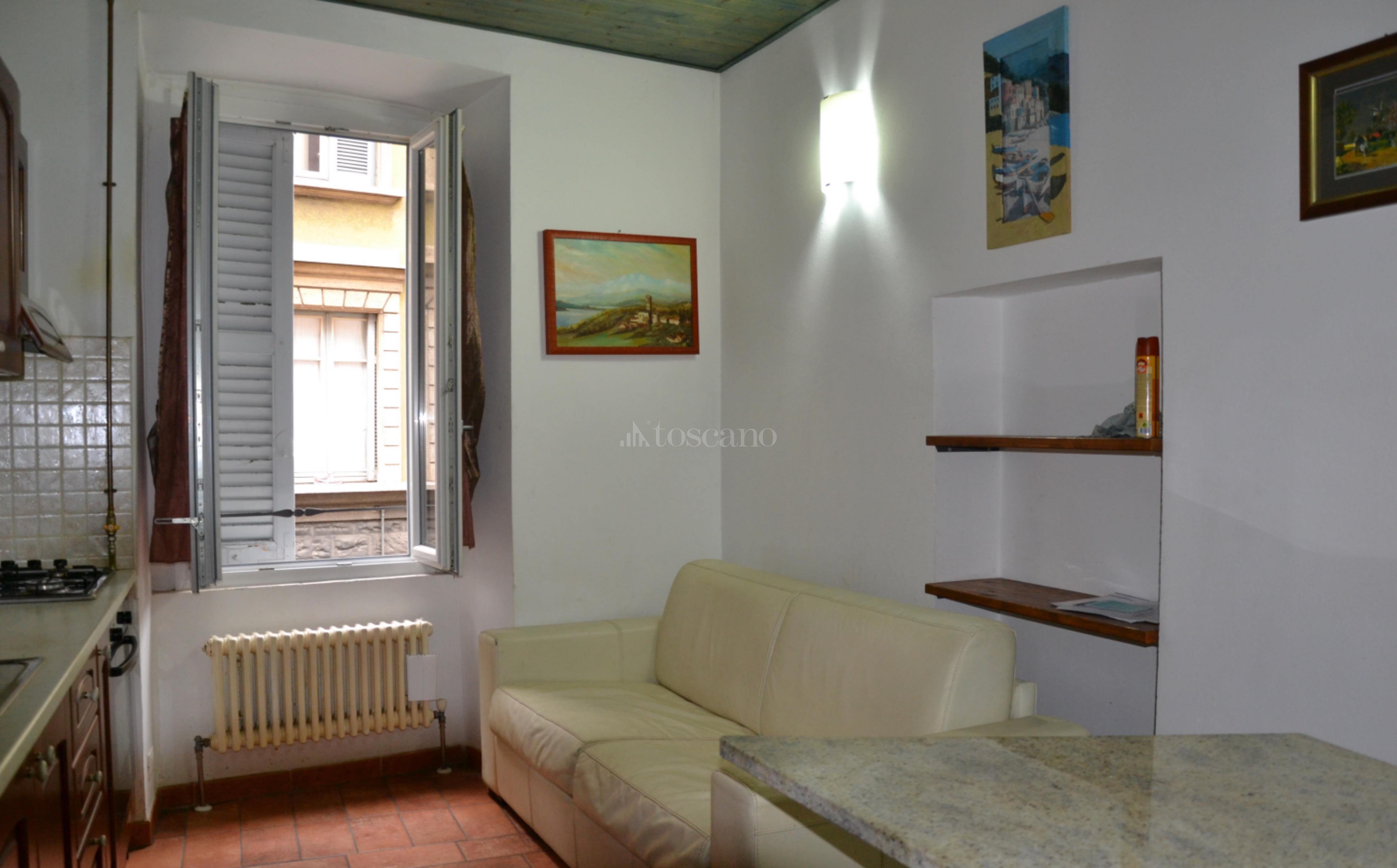 Vendita casa a como in viale lecco lecco 82 2017 toscano for Toscano immobiliare como