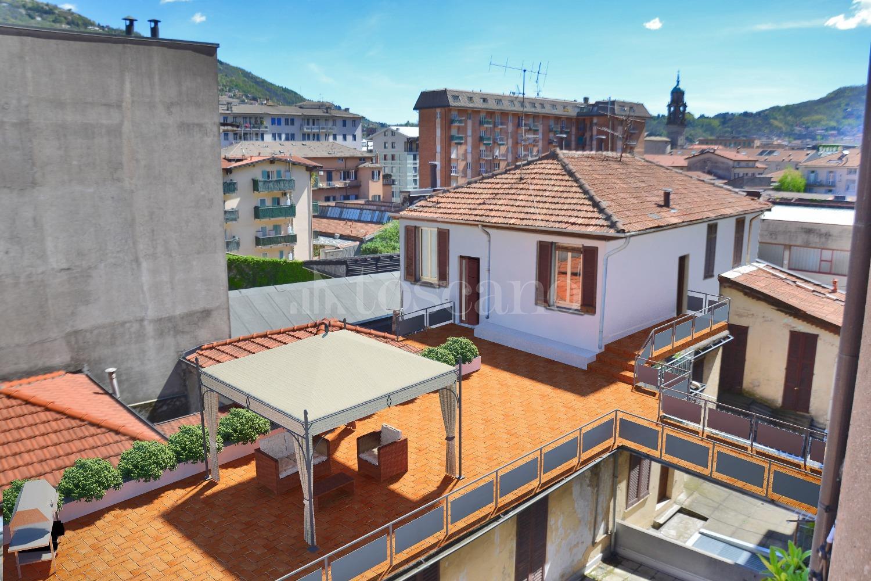 Vendita casa a como in viale innocenzo xi 39 varese 36 for Toscano immobiliare como