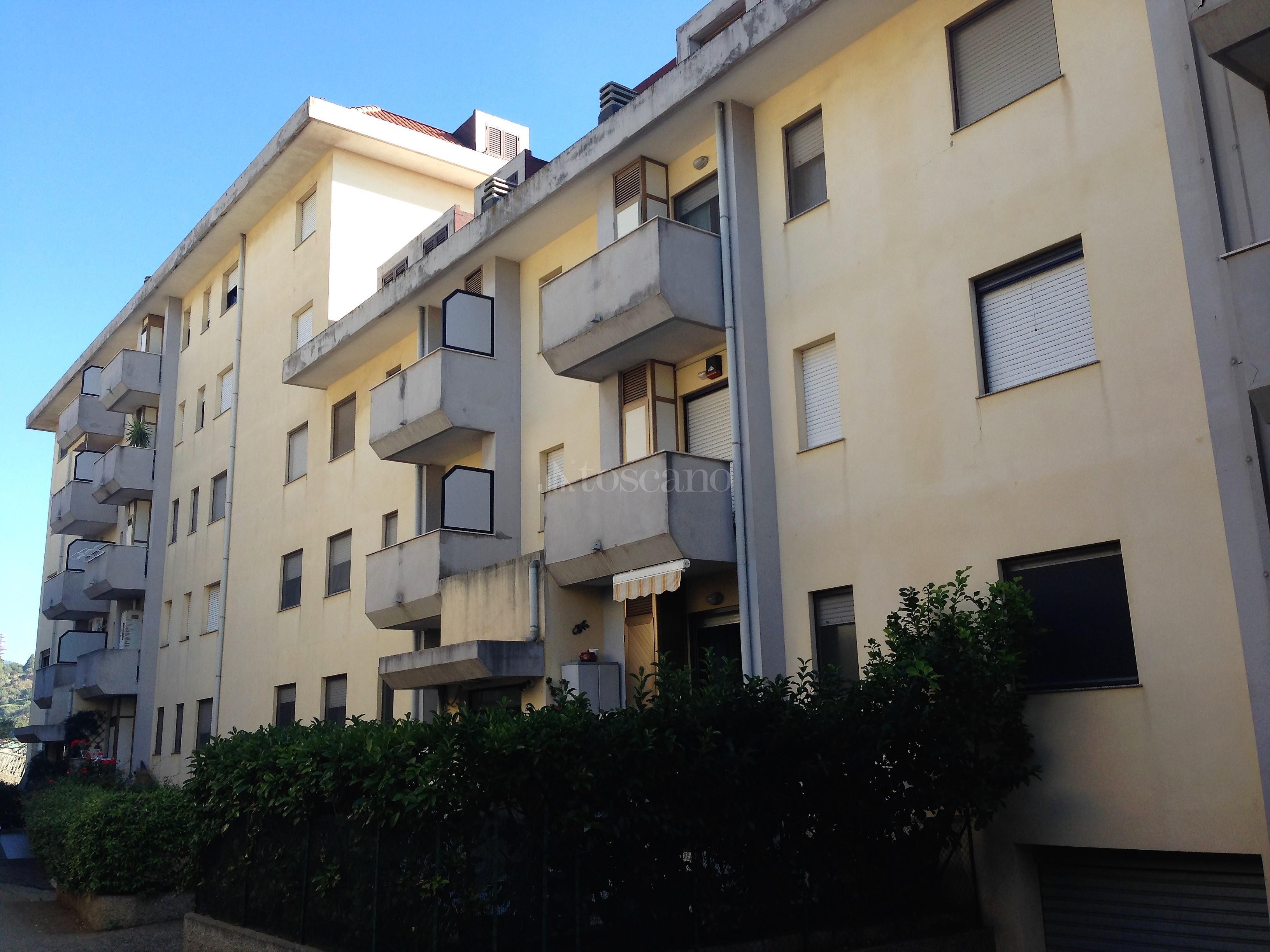 Vendita casa a catanzaro in via g gariani piano casa 216 for Piani casa netti zero