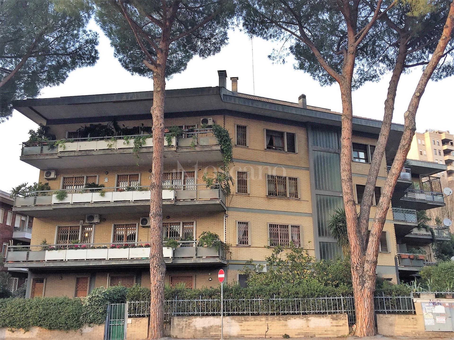 Vendita ufficio a roma in clinio misserville for Ufficio decoro urbano comune di roma
