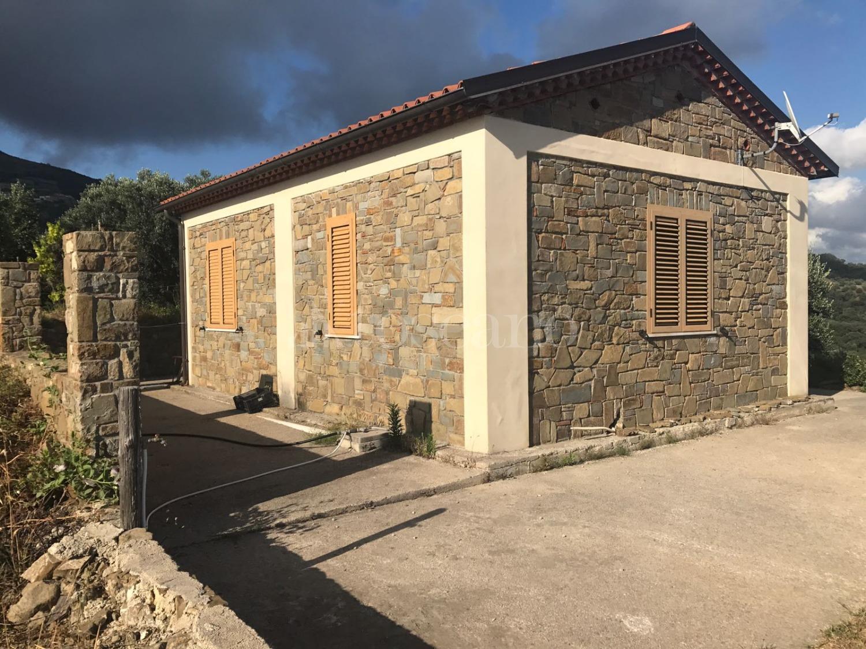 Vendita casa indipendente a pollica in pollica contrada spetella 20 2018 toscano - Punto immobile salerno ...