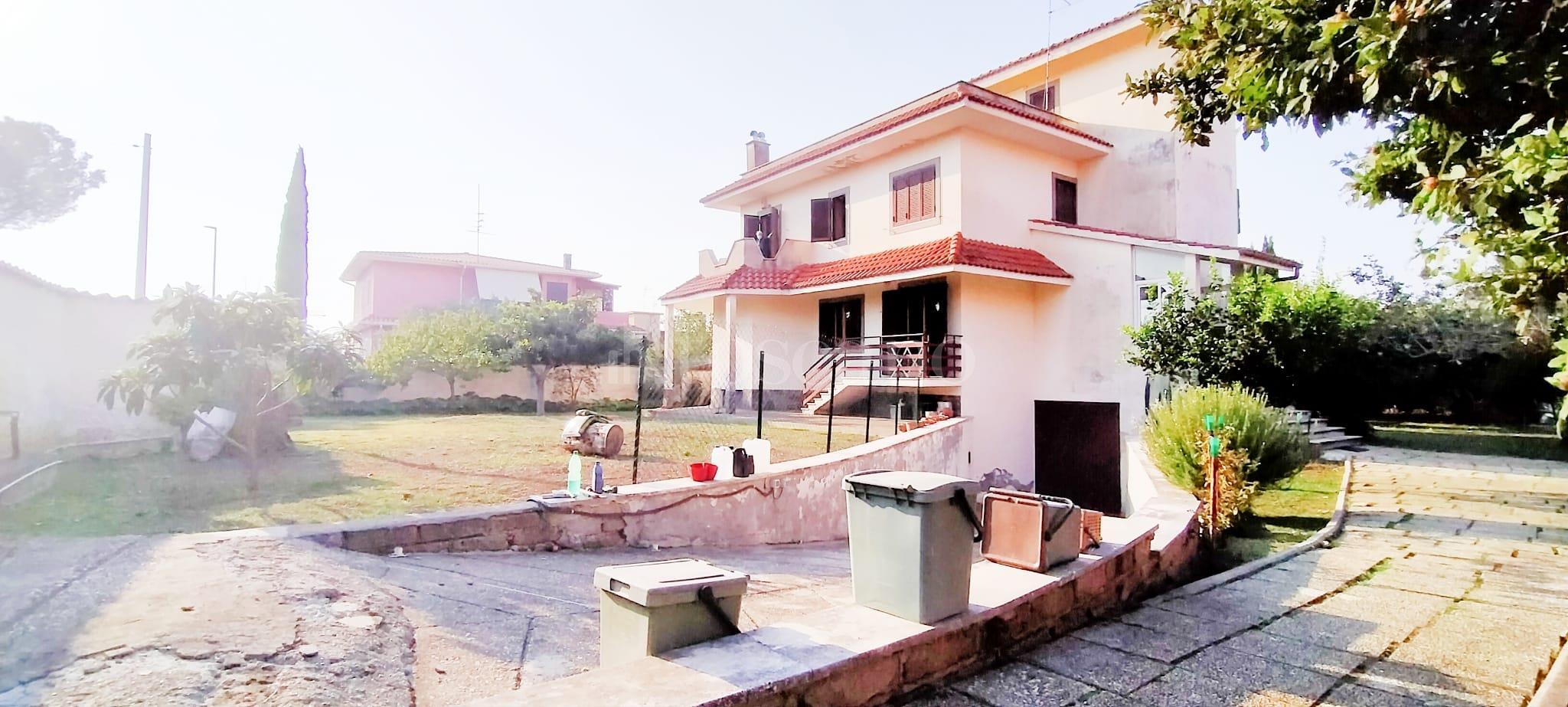 Villa in vendita di 350 mq a €799.000 (rif. 58/2020) immagine 3 di 15