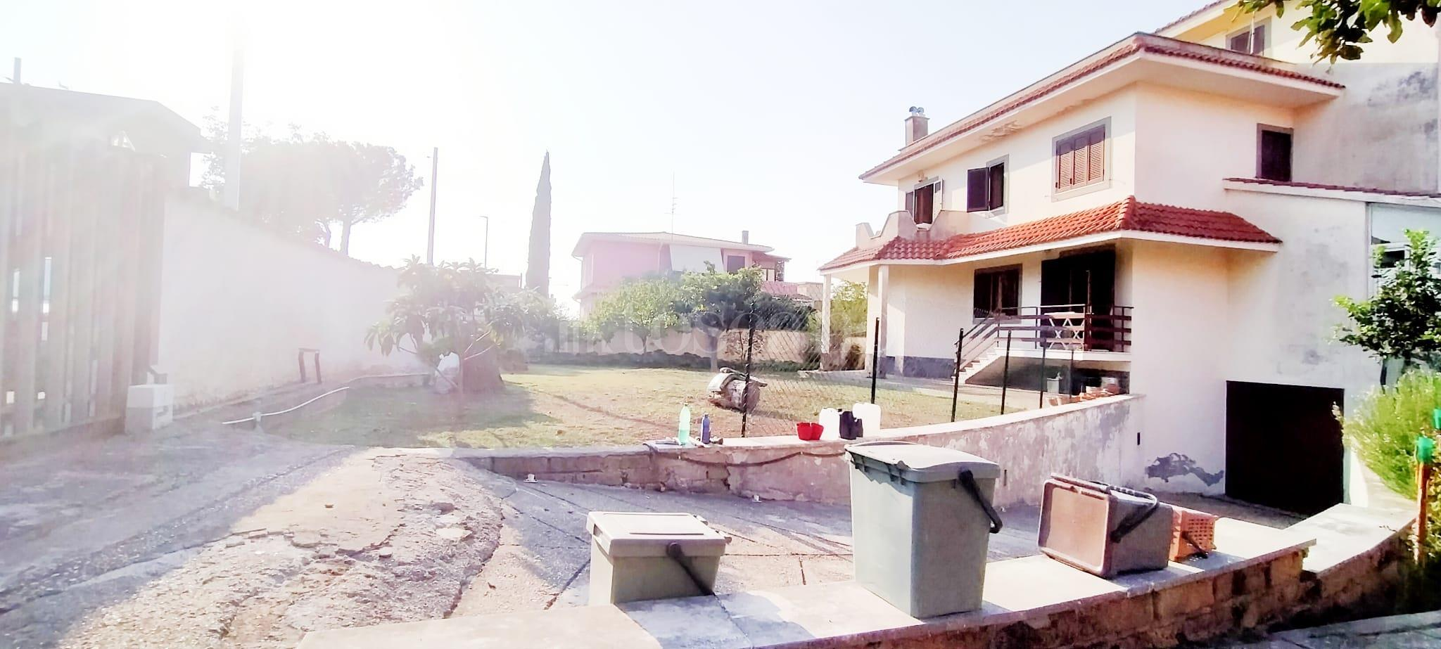Villa in vendita di 350 mq a €799.000 (rif. 58/2020) immagine 4 di 15