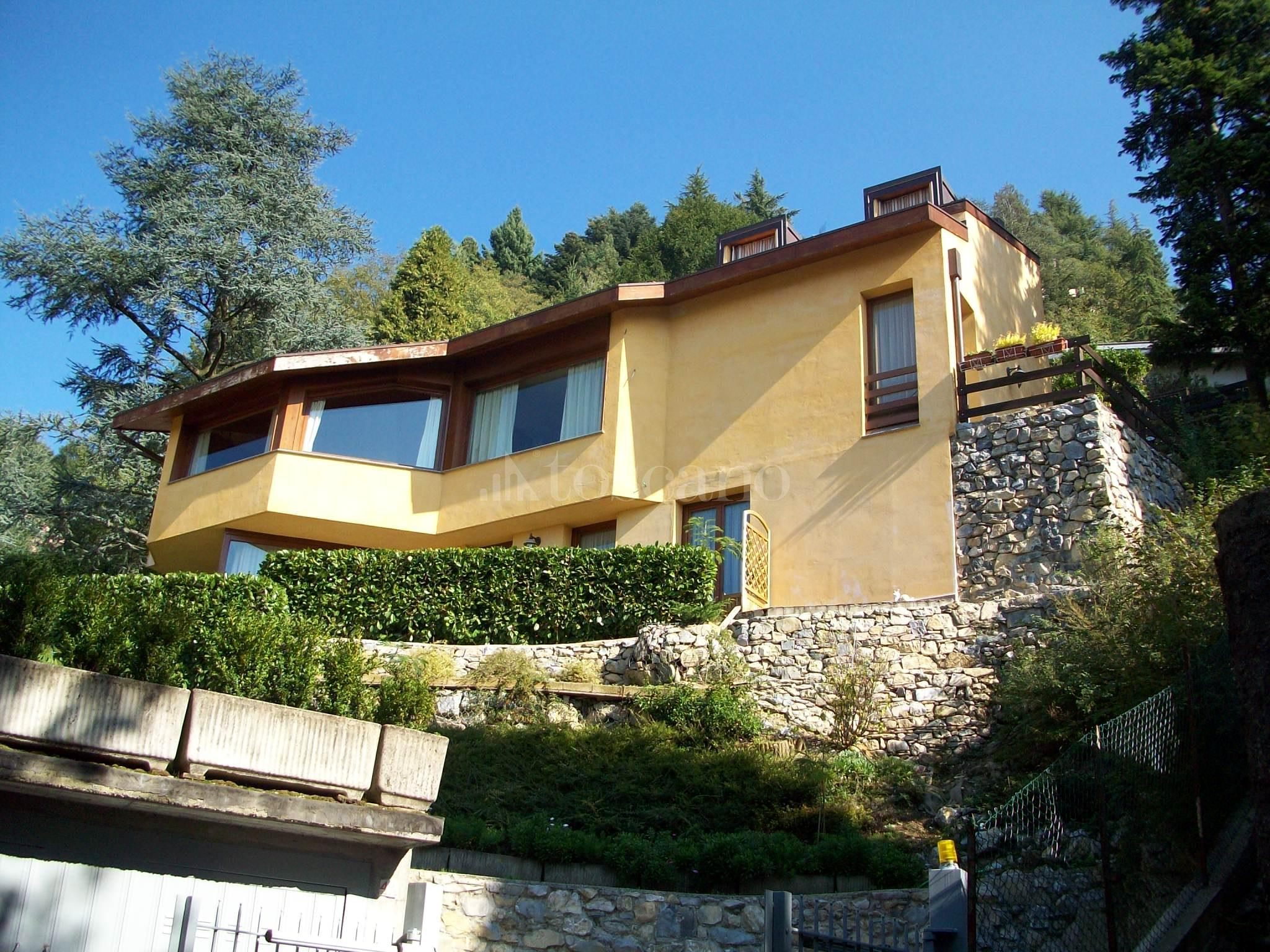 Vendita villa a brunate in via ai piani brunate 68 2017 for Piani di villa italiana