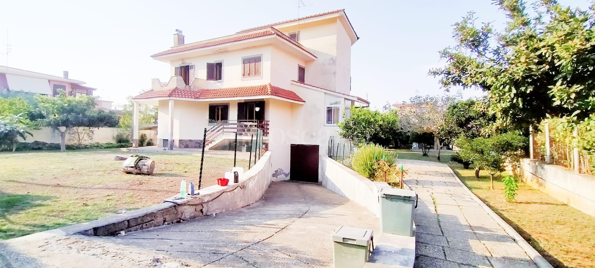 Villa in vendita di 350 mq a €799.000 (rif. 58/2020) immagine 2 di 15