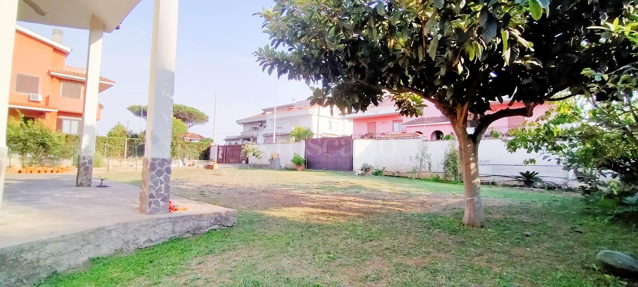 Villa in vendita di 350 mq a €799.000 (rif. 58/2020) immagine 6 di 15