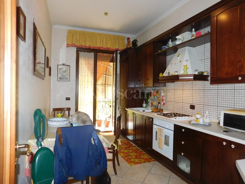 Vendita Casa A Napoli In Via Caio Duilio, Fuorigrotta 10
