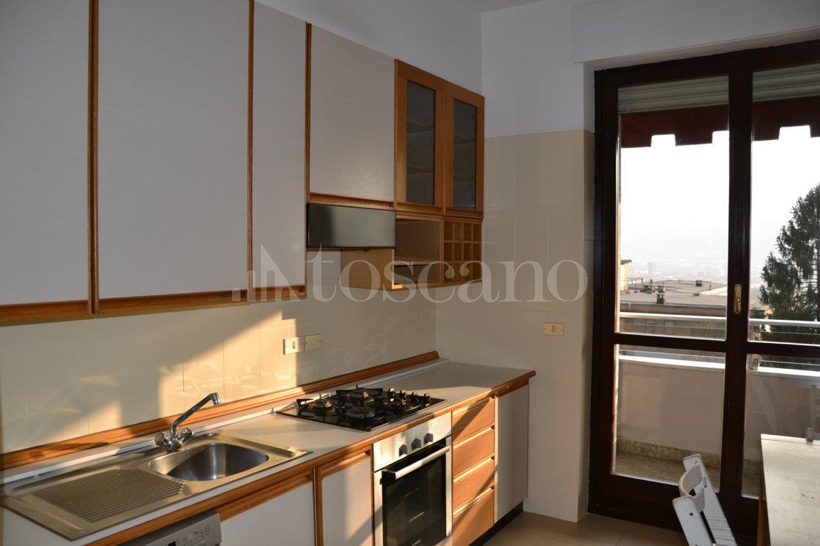 Vendita casa a como in via prudenziana prudenziana 66 for Toscano immobiliare como