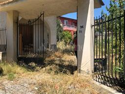 Villa in vendita di 300 mq a €120.000 (rif. 65/2018)