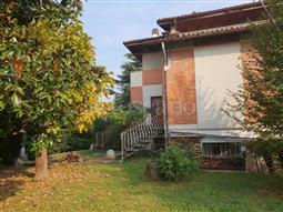 Villa in vendita di 550 mq a €667.000 (rif. 1/2018)