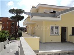 Villa in vendita di 180 mq a €695.000 (rif. 18/2017)