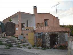 Casa Indipendente in vendita di 160 mq a €250.000 (rif. 45/2017)