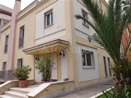 Villa in vendita di 580 mq a €1.370.000 (rif. 139/2018)