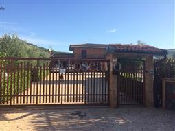 Villa in vendita di 228 mq a €680.000 (rif. 14/2017)