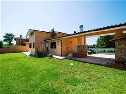 Villa in vendita di 275 mq a €299.000 (rif. 30/2018)