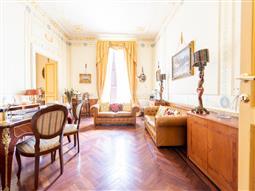 Casa in vendita di 350 mq a €1.990.000 (rif. 28/2018)
