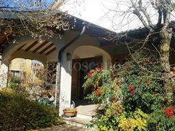 Villa Bifamiliare in vendita di 350 mq a €680.000 (rif. 17/2017)