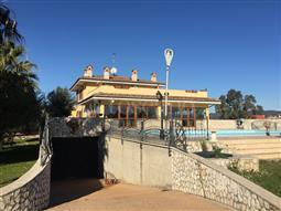 Villa in vendita di 900 mq a €789.000 (rif. 8/2018)