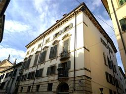 Casa in vendita di 180 mq a €810.000 (rif. 74/2016)