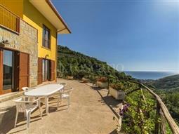 Villa in vendita di 140 mq a €335.000 (rif. 13/2018)