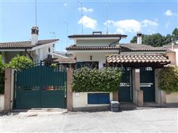 Villino a Schiera in vendita di 120 mq a €215.000 (rif. 67/2018)