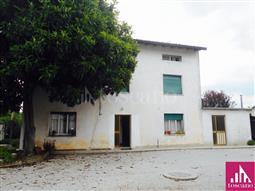 Casa Indipendente in vendita di 220 mq a €210.000 (rif. 70/2018)