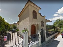Villa in vendita di 400 mq a €295.000 (rif. 6/2018)