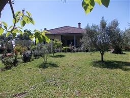Villa in vendita di 310 mq a €369.000 (rif. 53/2018)