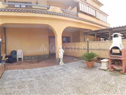 Villa Plurifamiliare in vendita di 220 mq a €330.000 (rif. 21/2018)