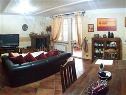 Villa Plurifamiliare in vendita di 250 mq a €299.000 (rif. 100/2016)